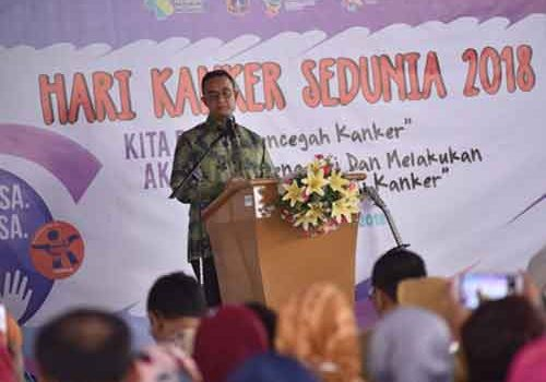 Rosidi Sesalkan Video Viral Anies Dicegat Ke Podium