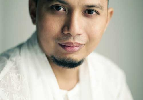 Biografi Ustadz Arifin Ilham