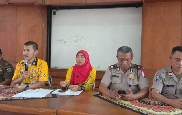Lurah Semanan Melakukan Rapat Kamtibmas di Bulan Ramadhan